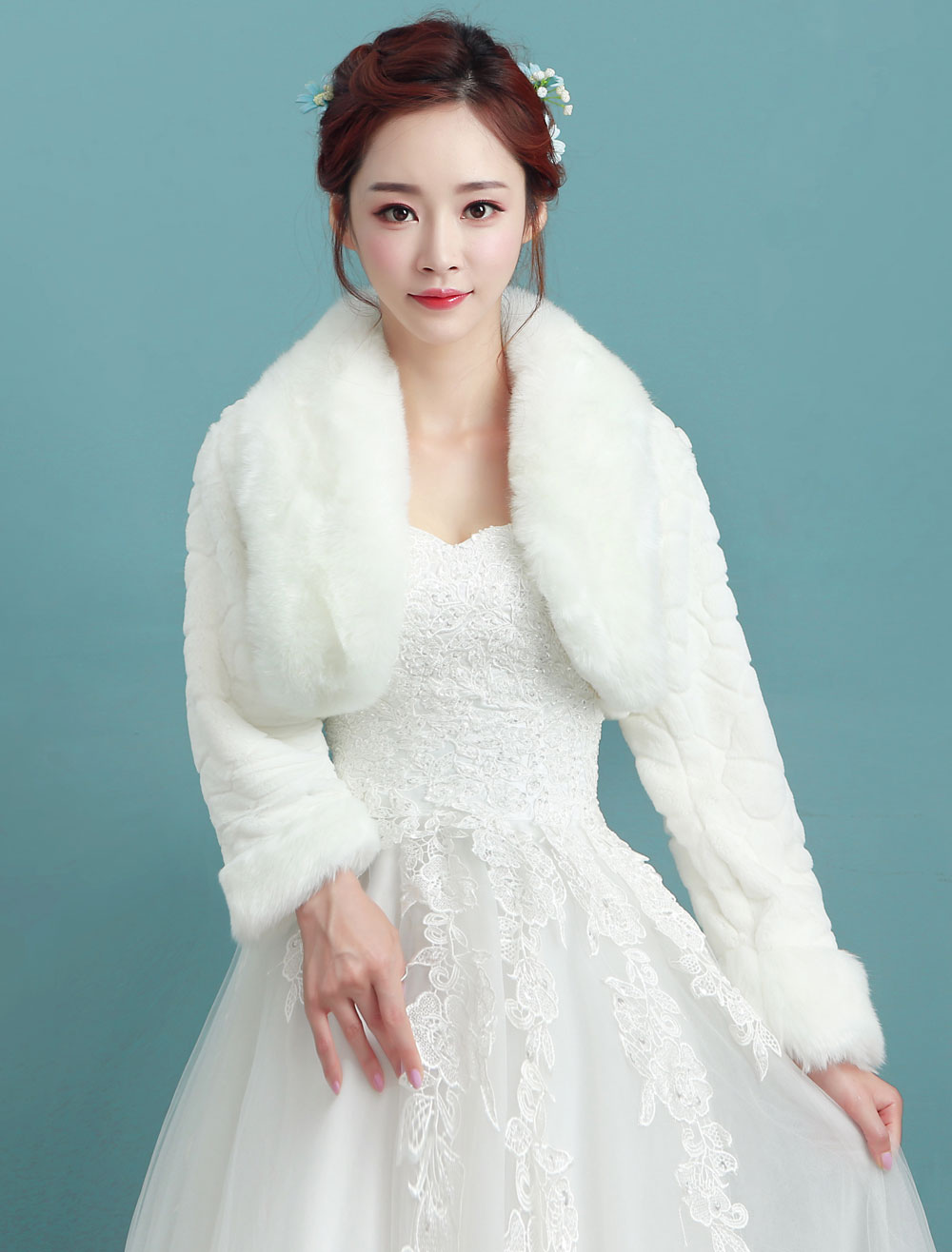 Bride jacket winter wedding