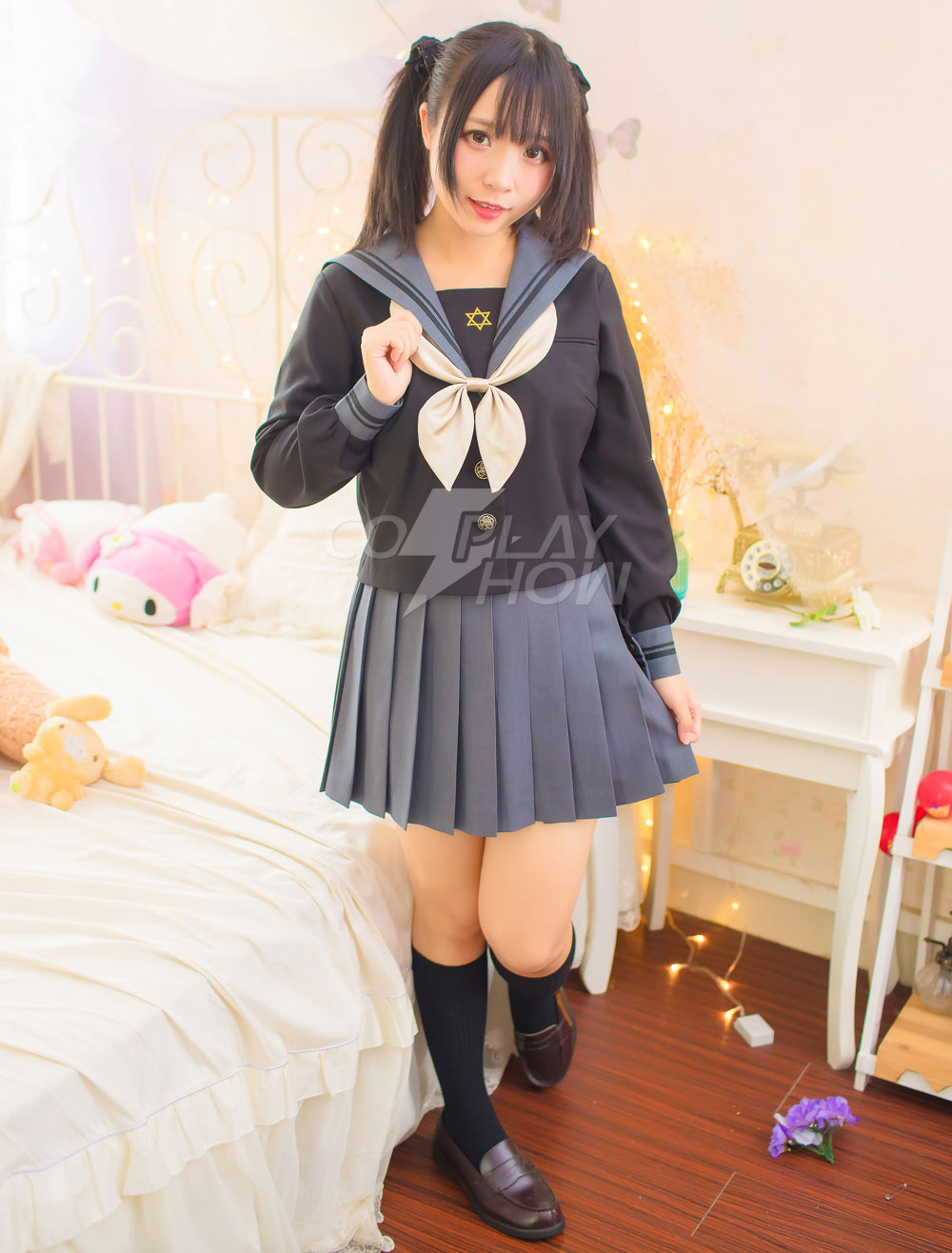 Japanese Nerdy School Girl