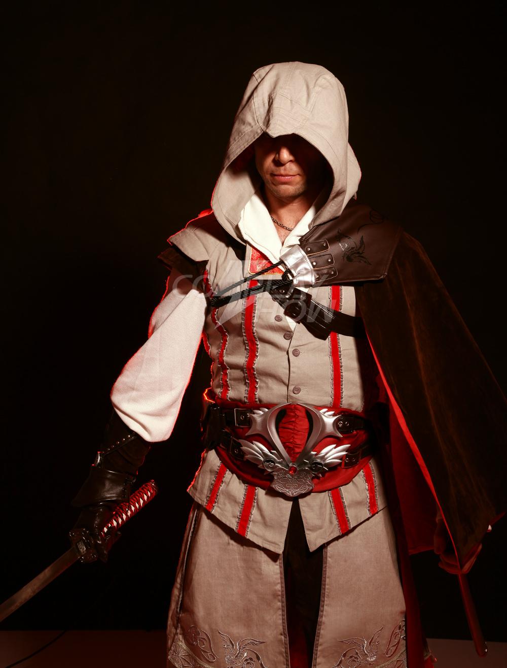 Inspiré par l Assassin Creed Ezio Halloween Cosplay Costume -  cosplayshow.com 09de6b10990