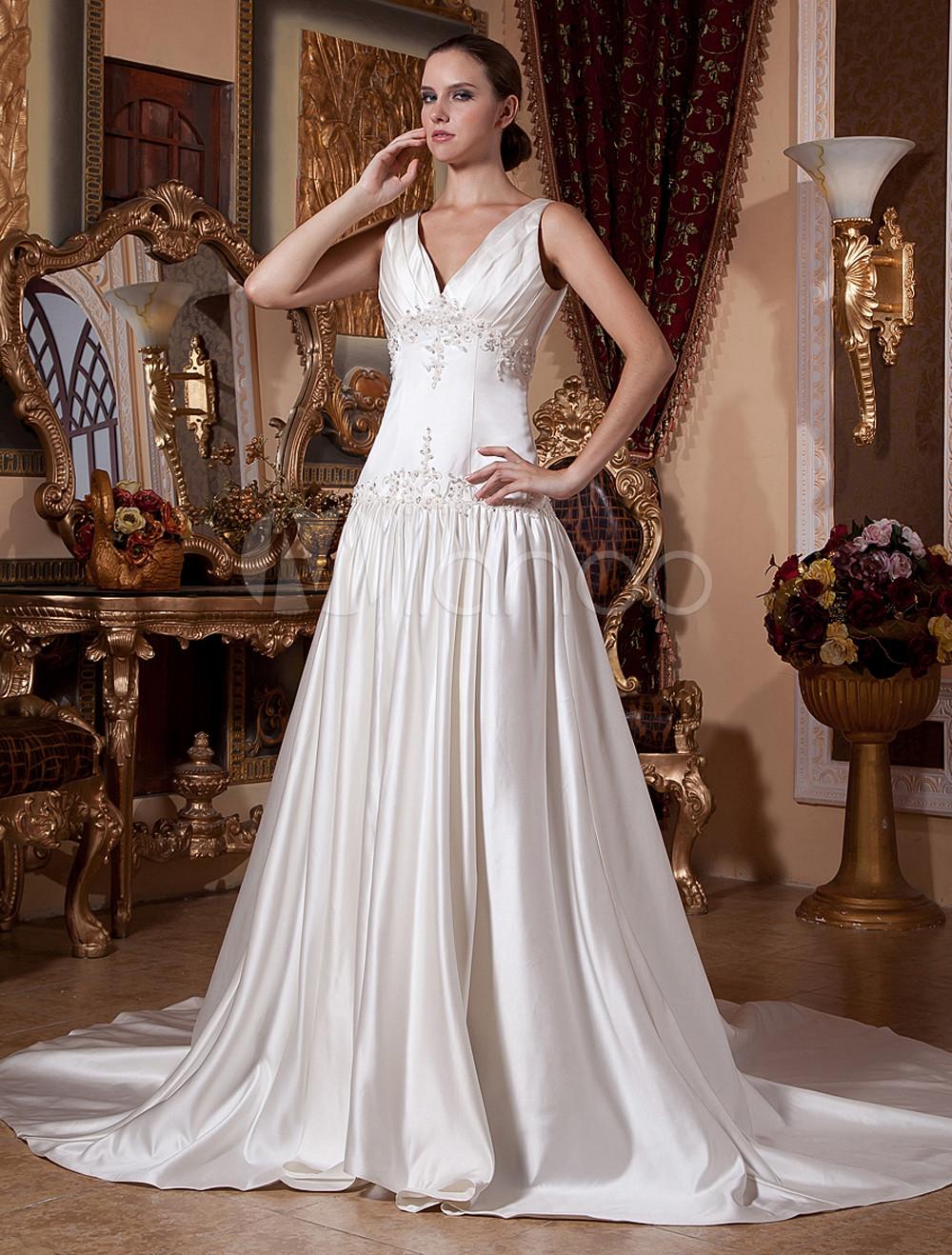 Slimming Ivory Satin V Neck Sleeveless A Line Wedding Dress