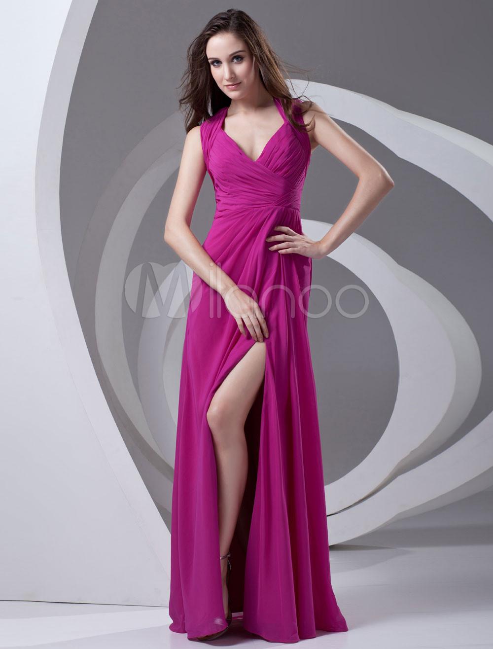 Vestido de fiesta de gasa de color fucsia con abertura en la pierna ...