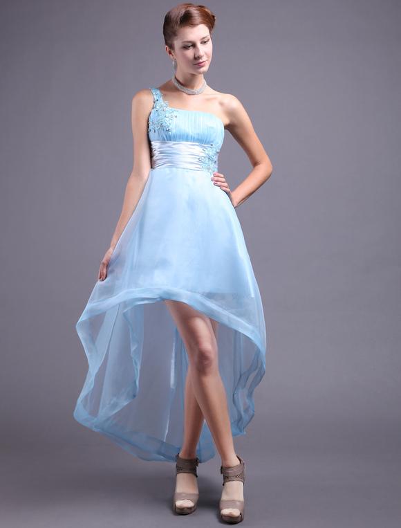 Robe asymetrique bleu ciel