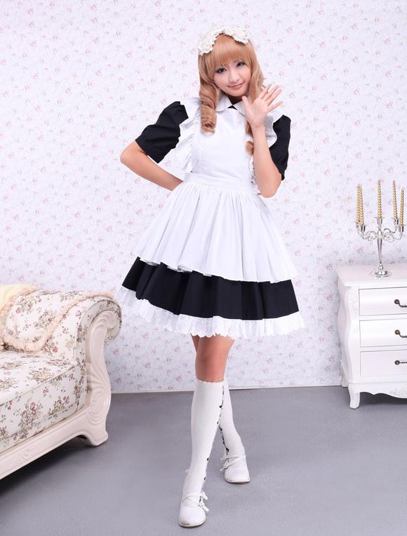Фото горничная в платье