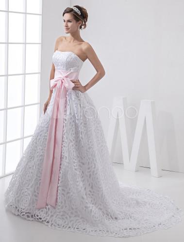 a linie hochzeitskleid aus satin und spitze mit rosa. Black Bedroom Furniture Sets. Home Design Ideas