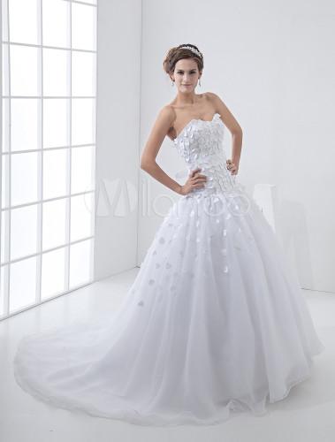 Wunderschönes Corsagen Brautkleid aus Tüll mit Herz-Ausschnitt und ...