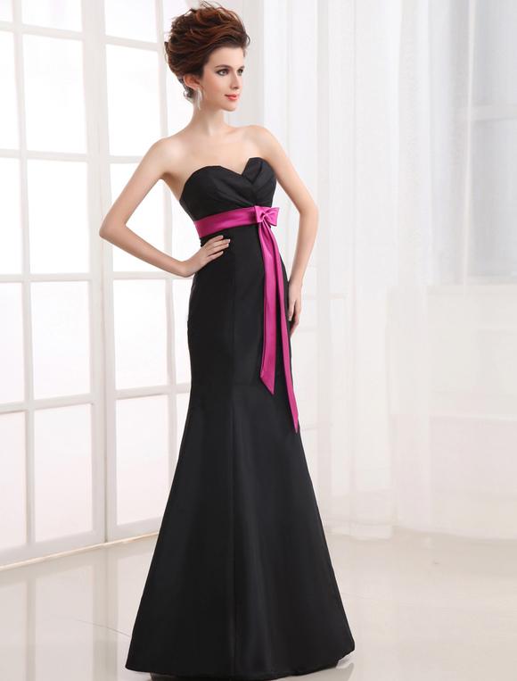reputable site 00538 fd8d0 Elegante abito da damigella d'onore in taffettà nero senza spalline a  sirena a terra