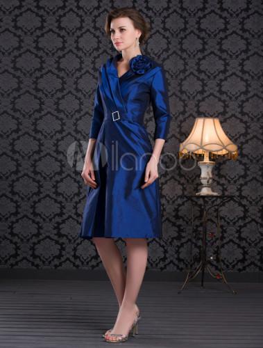 e17f54e34 ... Vestido para la madre de la novia de tafetán azul de línea A con escote  en ...