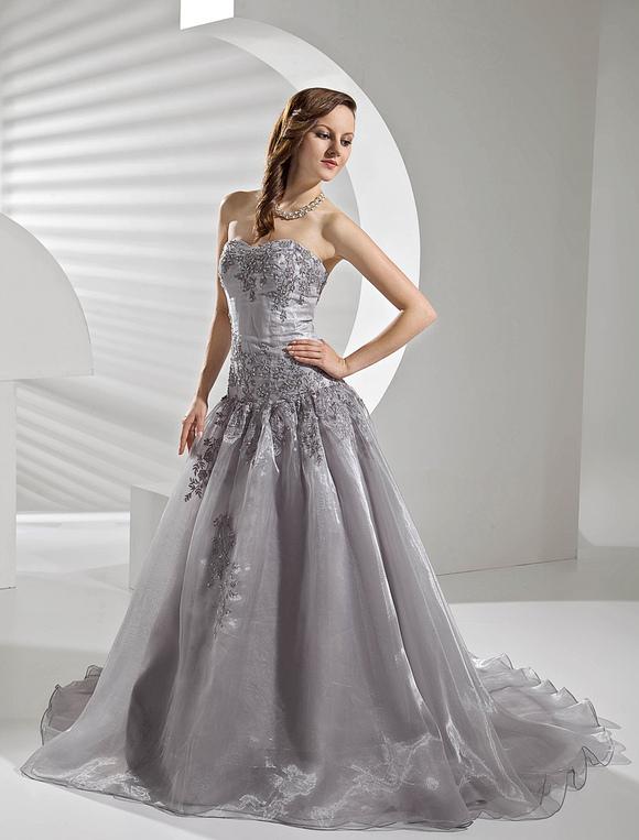 Court Train Silver Organza Wedding Dress With A Line Sweetheart Neck Lique No