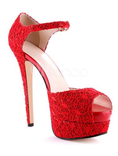 ... Sandales en vogue habillé à talons aiguilles en dentelle rouge avec  ruban aux chevilles et logo ...