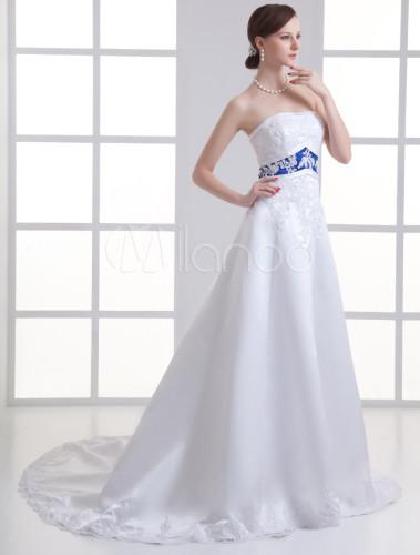 Vestido de novia blanco de raso con lentejuelas y faja azul sin ...