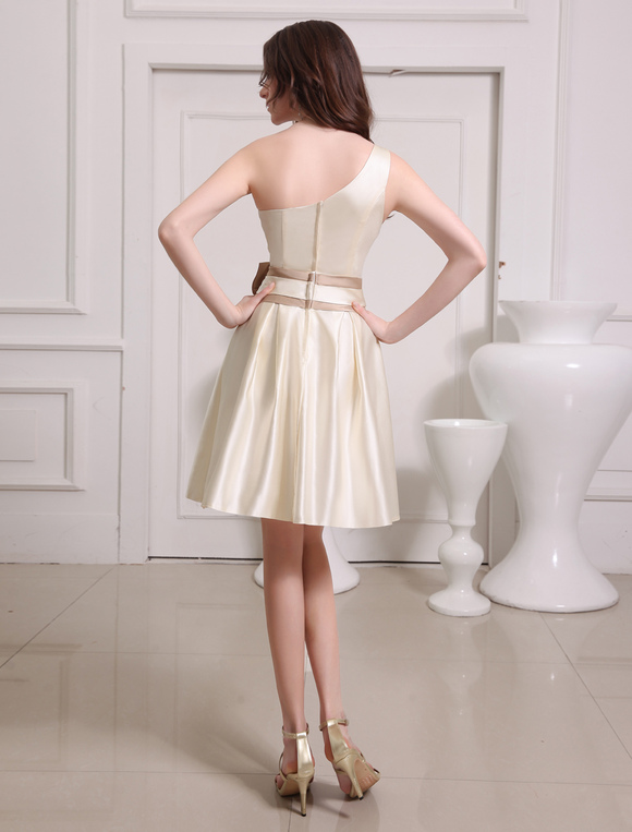 c7a0347391d Short Gold Champagne One-Shoulder Satin Bridesmaid Dress - Milanoo.com