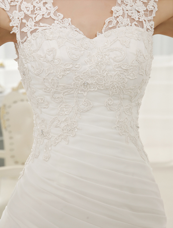 Como confeccionar un vestido de novia con cola