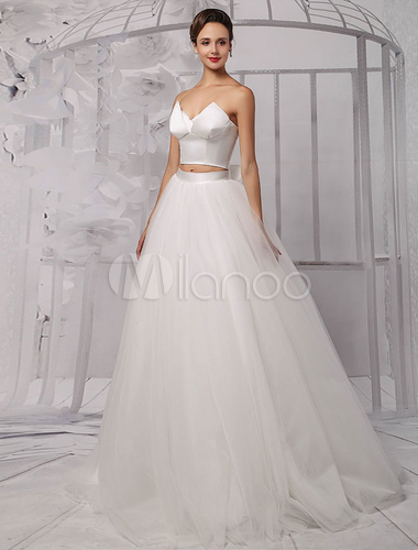 Abito Da Sposa 3 Pezzi.Two Pieces Crop Top Ball Gown Wedding Dress With Tulle Skirt