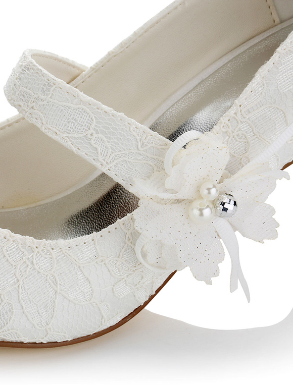 Elfenbein Brautschuhe Spitze Runde Zehe Blumen Detail Katzchen Ferse
