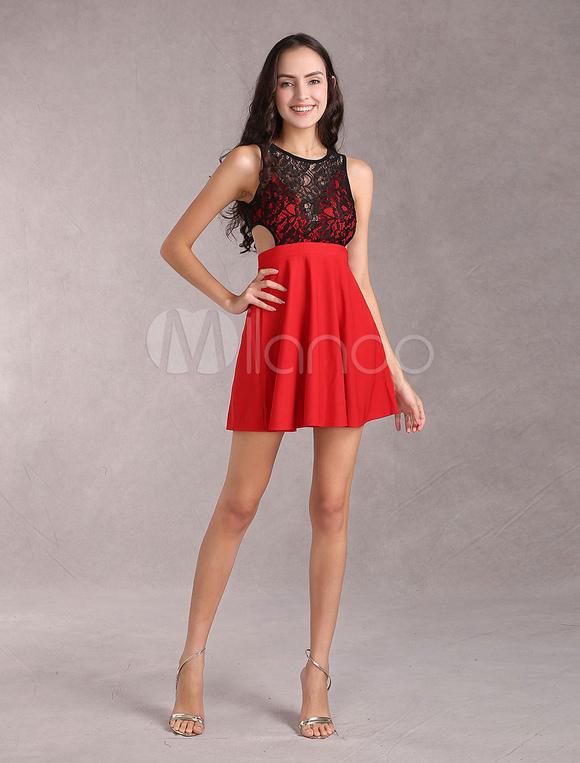 timeless design e37c3 49012 Elastico vestito rosso di pizzo per donna con cutout vita