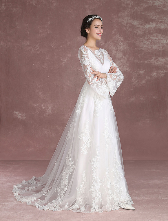 Summer Wedding Dresses 2018 Boho Lace Beach Bridal Dress Bell Sleeve Illusion V Back Chapel Train