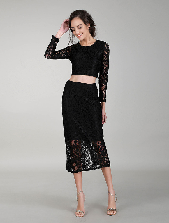 low priced 351ba 76041 Tailleur due pezzi crop top con maniche lunghe gonna lunga in pizzo per  donna