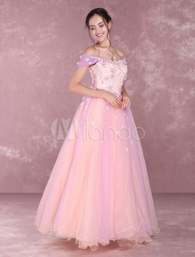 Princesse avec robe rose