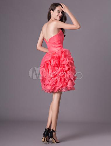 c2c4c3df30 ... vestidos de gala de organza Rojo coral con escote en corazón sin mangas  con cuentas estilo ...
