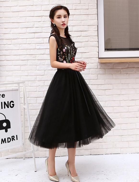 6596d5942bd ... Маленькие черные платья Короткие тюлевые платья для коктейля Цветы  вышитые вечерние платья-No.3 ...