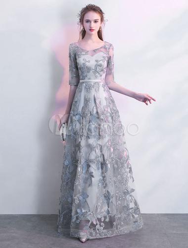 グレー ウエディングドレス