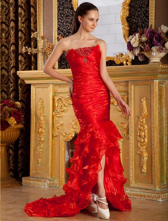 Robe sirene bustier rouge