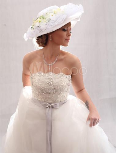 Romantische Weisse Blume Strass Hochzeit Hut Fur Die Braut Milanoo Com