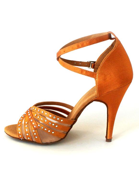 Zapatos de bailes latinos de seda y satén negro CTANY
