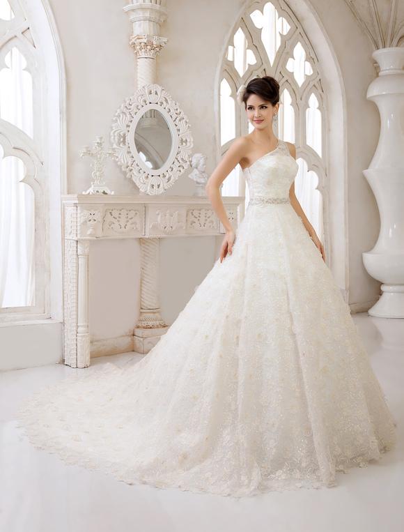 Vestido de novia de un solo hombro