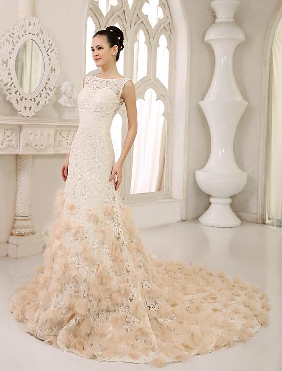 Vestido de novia de encaje de color champaña con escote redondo ...