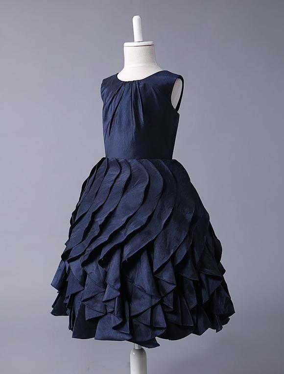 181d1a587e4 ... Robe swede fille de fleurs en taffetas bleu marine foncé avec bouton  -No.2 ...