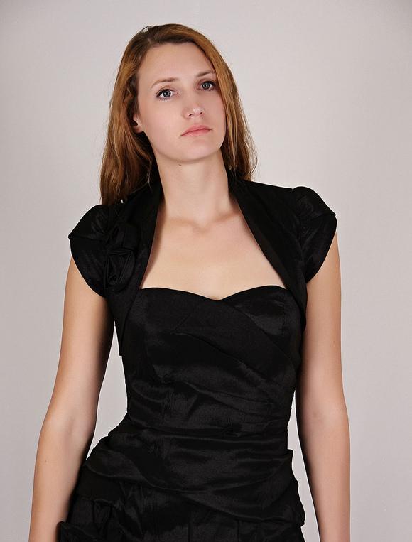 san francisco f3f82 1381a Giacchino corto nero elegante da cerimonia con maniche corte per donna