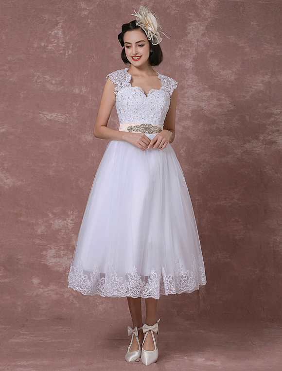 Vintage Brautkleid Kurz Hochzeitskleid Mit Spitze Tull Brautkleid