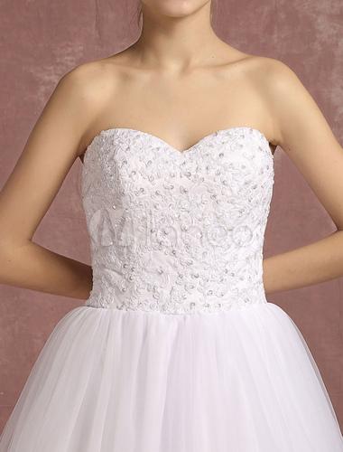 robe de mari e blanche tulle en dentelle appliques perles On dentelle blanche une robe de mariée en ligne