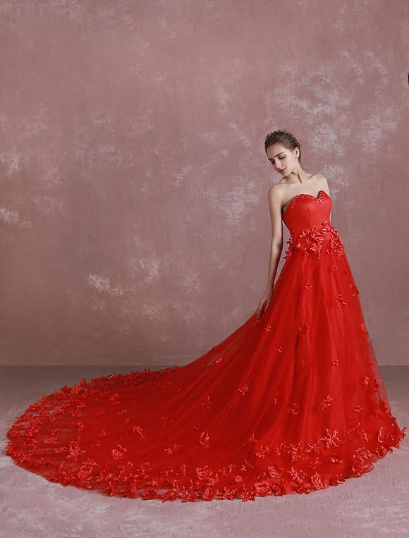 huge discount e9799 a7463 Una linea cattedrale treno abito da sera di Applique da sposa rosso abito  Sweetheart paillettes senza spalline Abito da sposa fiori 3D