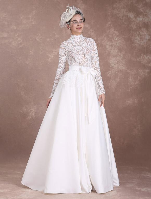 Vintage Brautkleid A Linie Knopfe In Elfenbeinfarbe Milanoo Com
