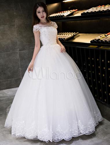 robe de mariée princesse princesse col bateau avec perles et paillettes  en tulle en dentelle sans