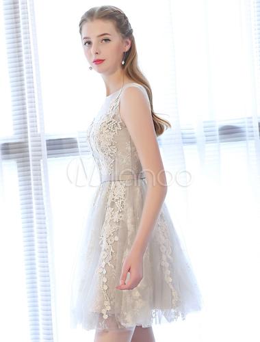 reputable site 41284 54778 Kurze Ballkleider Spitze Applique Backless Sleeveless Sash Mini Graduation  Dress Abschlusskleider