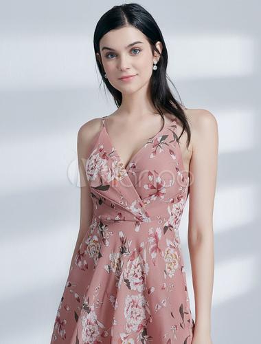 5ef5433c01d5 Vestidos de fiesta Vestido de fiesta corto de gasa con cuello en V y  estampado floral en color rosa