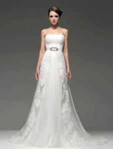 Vestido de novia de color marfil sin tirantes de Línea A