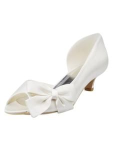 Изящные луком пятки заглянуть ног шелка и атласа милые женщины свадьба обувь