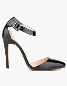 Черные высокие каблуки с точечной пряжкой