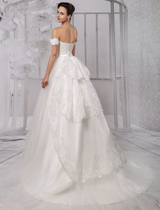 Sweatheart Princess/Ball Gown Off-the-Shoulder Bridal Gown With Ruffles Train