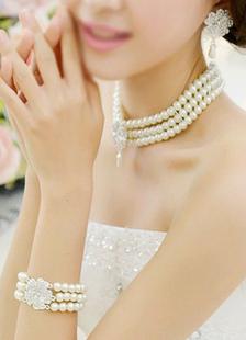 مجوهرات الزفاف مجموعة حجر الراين حلق اللؤلؤ قلادة وسوار (القرط: 5.3 سم × 3 سم X 0.5 سم)