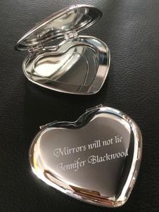 Espelhos de maquiagem personalizados Silver Heart Shape Wedding Favor