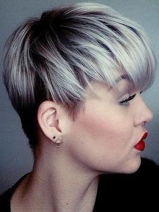 peluca de cabello humano peluca corta destacada en capas color de gris de mujer