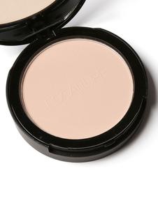 女性は粉をオイルコントロールパウダー化粧品