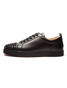 Zapatos de lona de PU negros con pinchos estilo moderno de puntera redonda Invierno para uso al aire libre