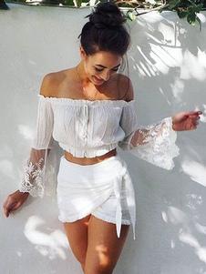 Blusa de poliéster blanca con escote de hombros caídos con manga larga Color liso de encaje estilo bohemio
