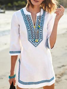 Белое летнее платье с вырезами из шеи с этническим принтом Вышитое мини-платье из хлопка